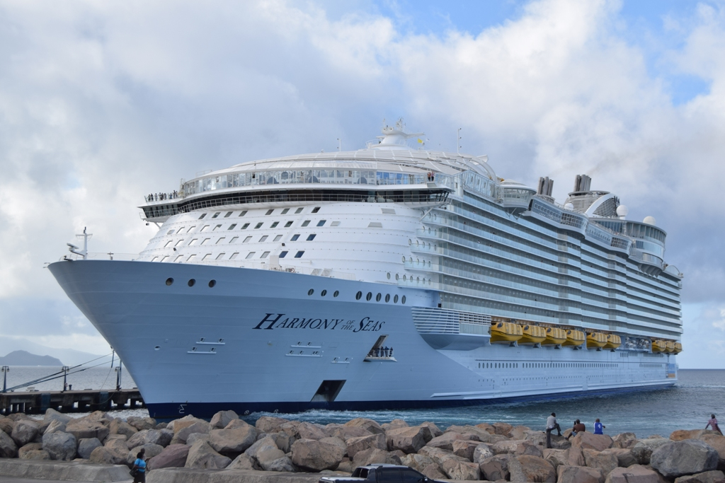 St Kitts Welcomes The World39s Largest Passenger Ship  WIC News